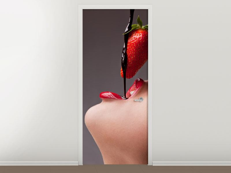 Door Mural Strawberry Kiss